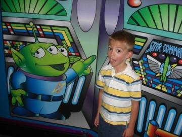 Buzz Lightyear Astro Blasters Offers a FastPass