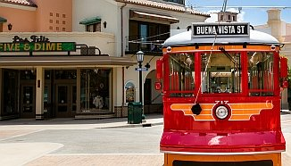 Disney California Adventure: Buena Vista Street